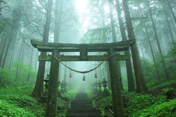 上色见熊野座神社