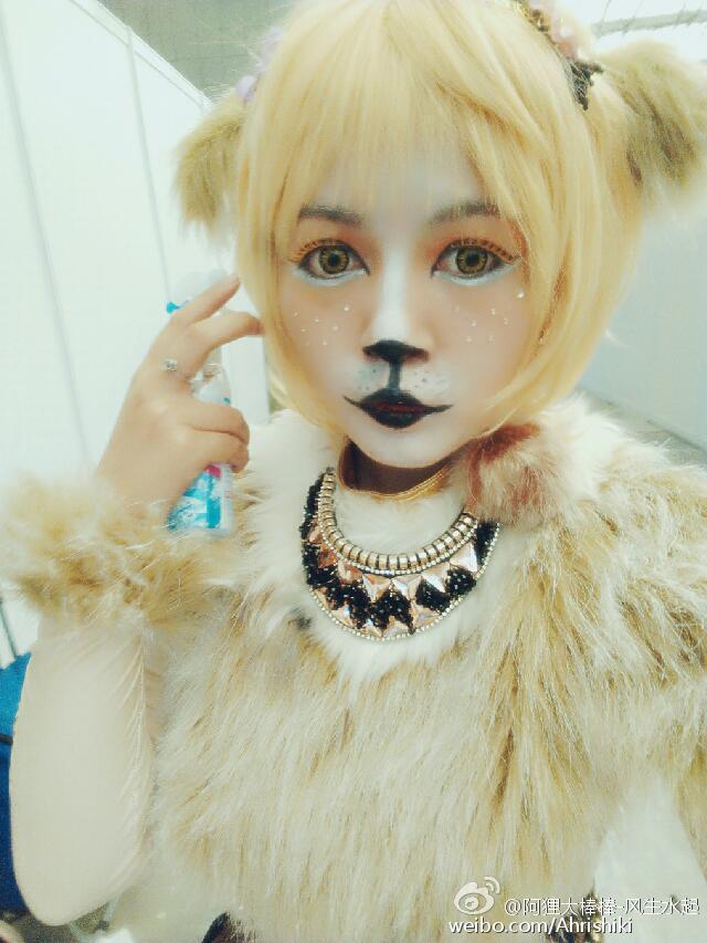黑猫猫在舞台剧狮子王中扮演幼年娜娜.jpg